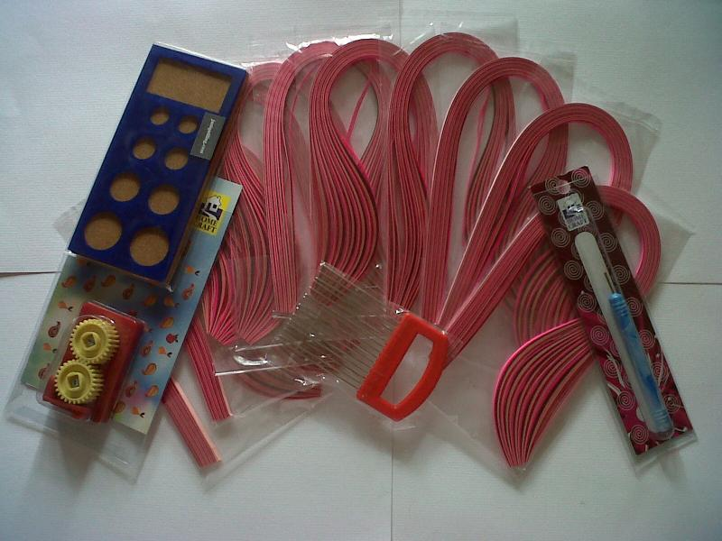 shades of pink quilling paper ,crimper ,quilling comb,board & quilling  tool